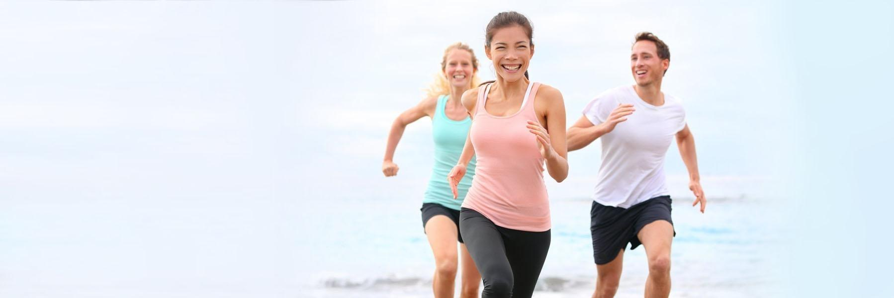 people run on the beach | invisalign in pascoe vale